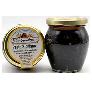 Pesto Siciliano Prezzemolo ist ein Pesto aus Petersilie welches sich ausgezeichnet zum anrösten und braten von Gemüse oder Fleisch eignet