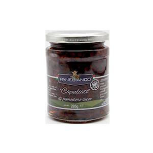 Capuliato, eine Pasteaus getrockneten Sizilianischen Tomaten für Gerichte oder zum so genießen