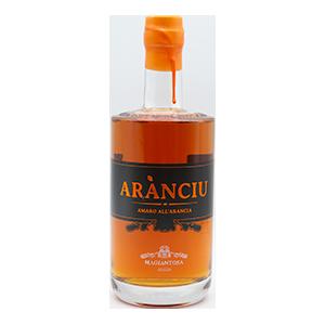 Amaro all'arancia – Arànciu, ein typisch sizilianisches Getränk aus den ebenso berühmten sizilianischen Orangen